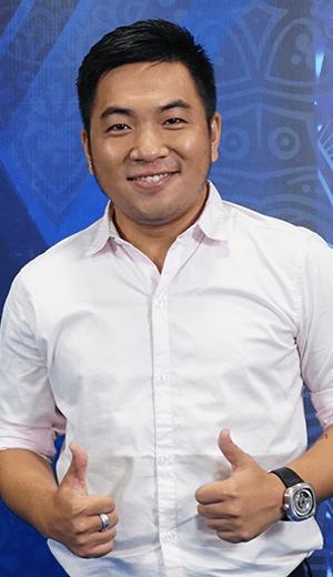 Nhà văn Nguyễn Ngọc Thạch